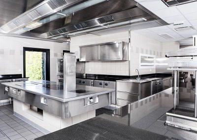 Installation grande cuisine professionnelle par Fmi